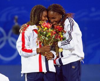 venus serena olympics 2008 hug