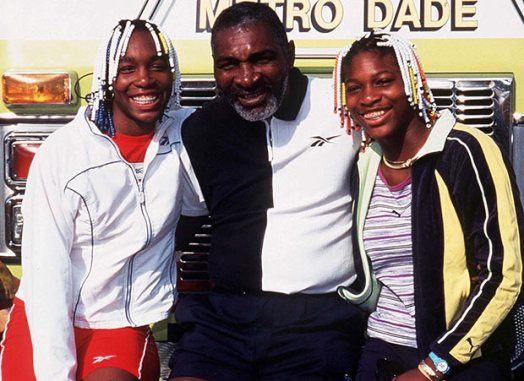 VENUS AND SERENA WITH DAD