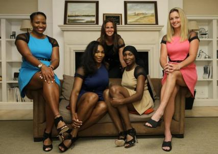 US Team at the Fed Cup dinner. Photo: Sergio Llamera.