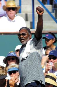 RICHARD WILLIAMS BLACK POWER SALUTE AT INDIAN WELLS